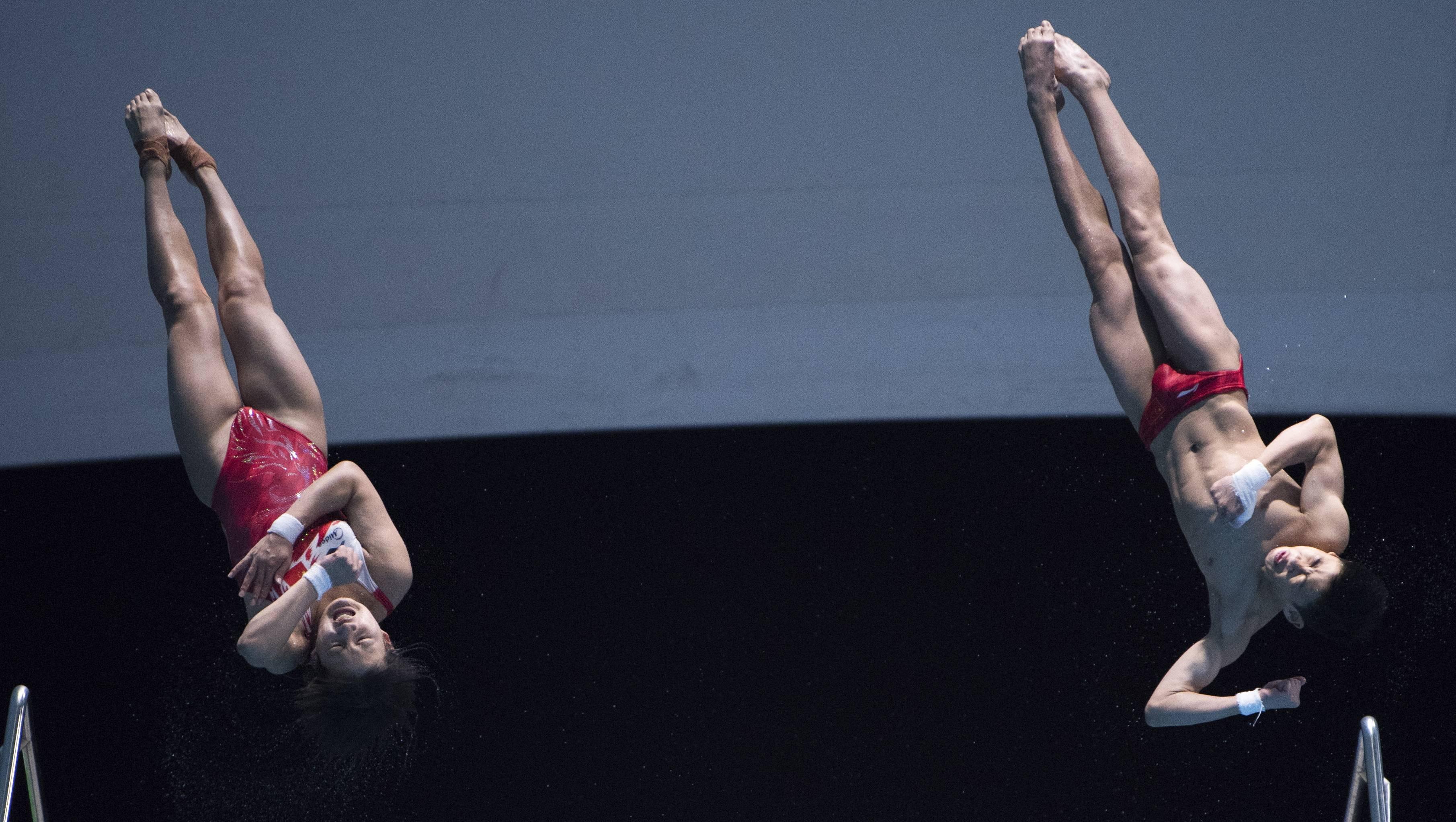中国选手获跳水亚洲杯混合双人10米台冠军