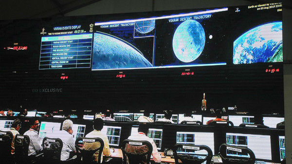 """外媒:""""丢失""""一天多的印度探月器找到了"""