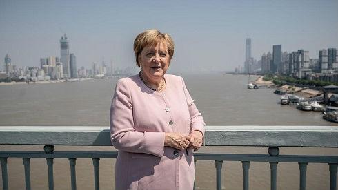 德媒:执政14年访华12次 默克尔点赞中国发展成就