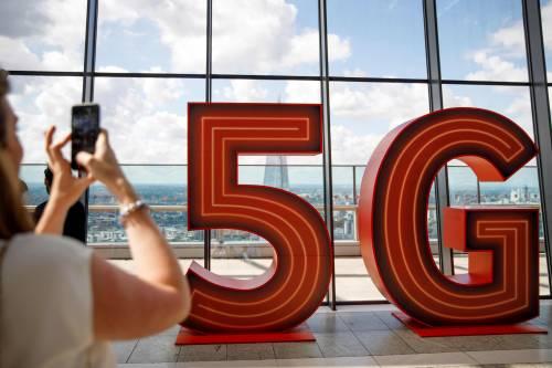 """""""王牌""""加持,华为与美国巨头展开5G芯片角逐——"""