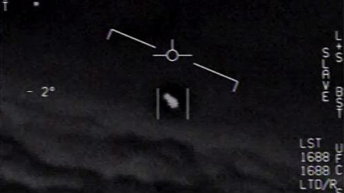 美媒关注美国海军UFO视频:其动作与速度远超现代科技