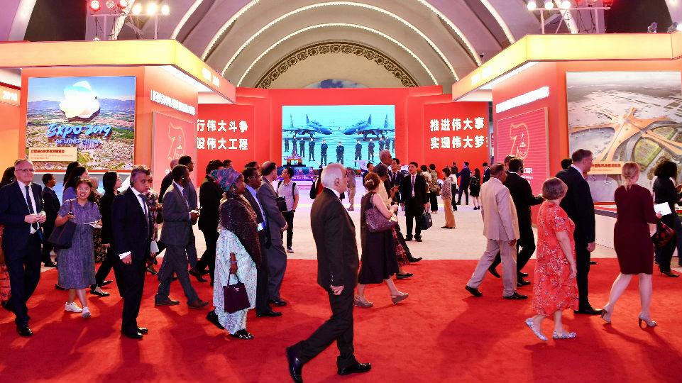 """原民主德国领导人埃贡·克伦茨:中国书写""""了不起的成功故事"""""""