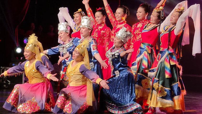 欧洲华侨华人以文艺表演为祖(籍)国生日献上最美祝福
