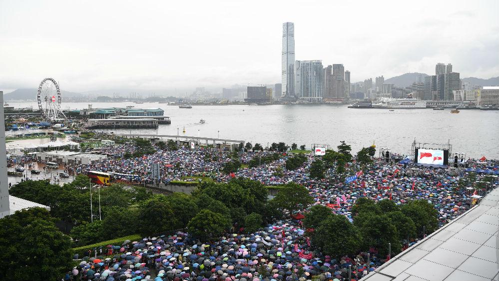 美媒也看不下去了!《纽约时报》发文揭批香港暴徒滥用暴力