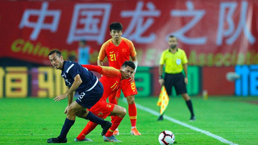 足球——世预赛:中国队胜关岛队