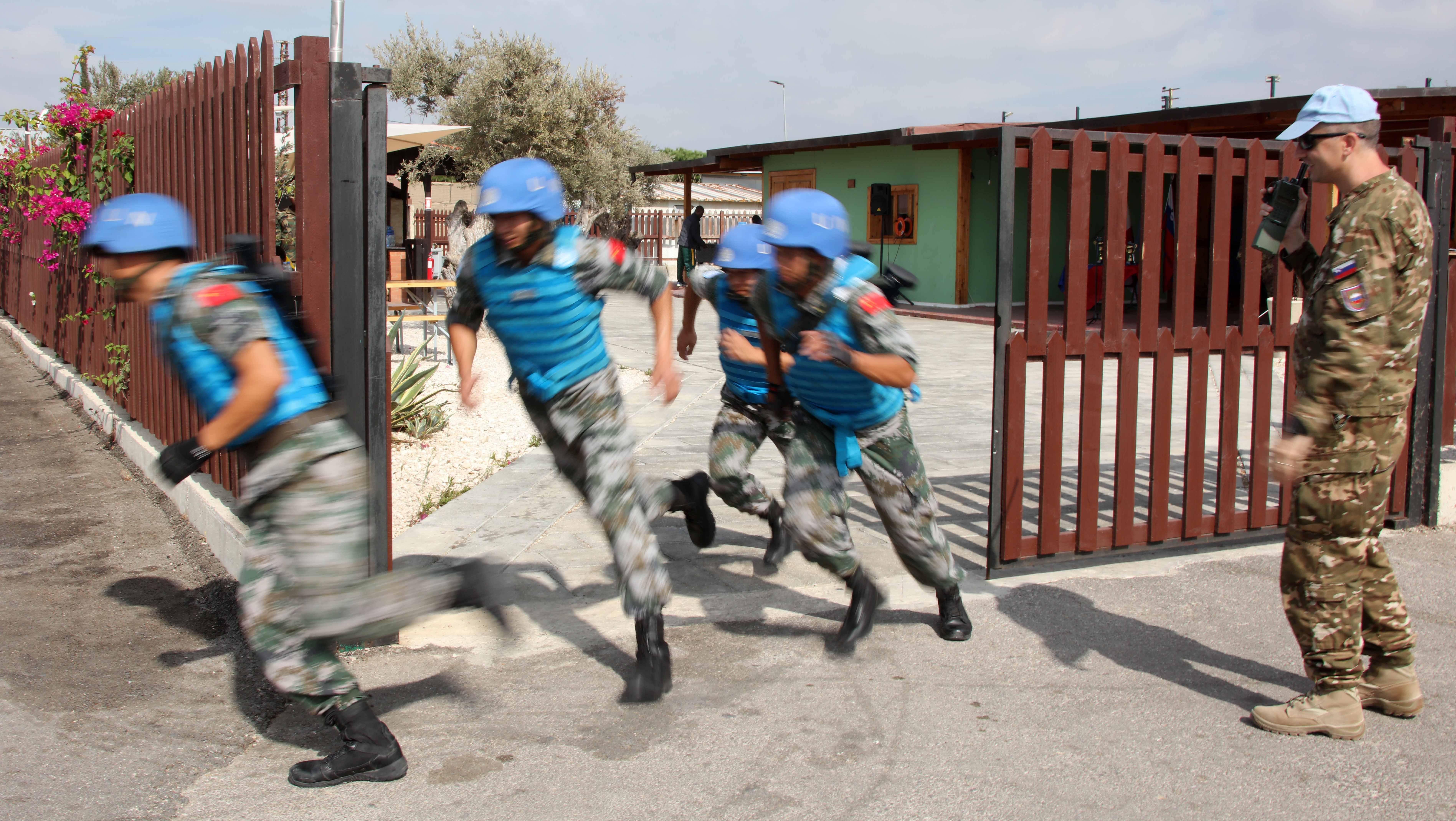 中国维和官兵联黎部队军事障碍赛夺冠