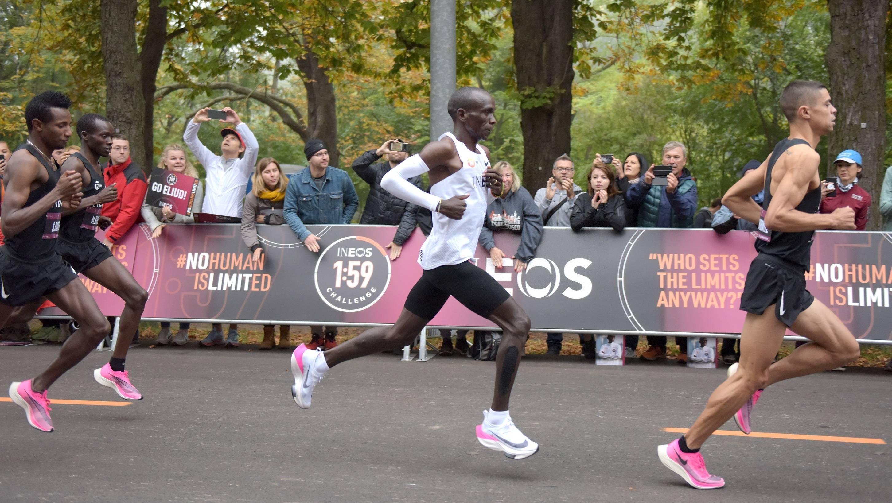 基普乔盖挑战2小时马拉松成功