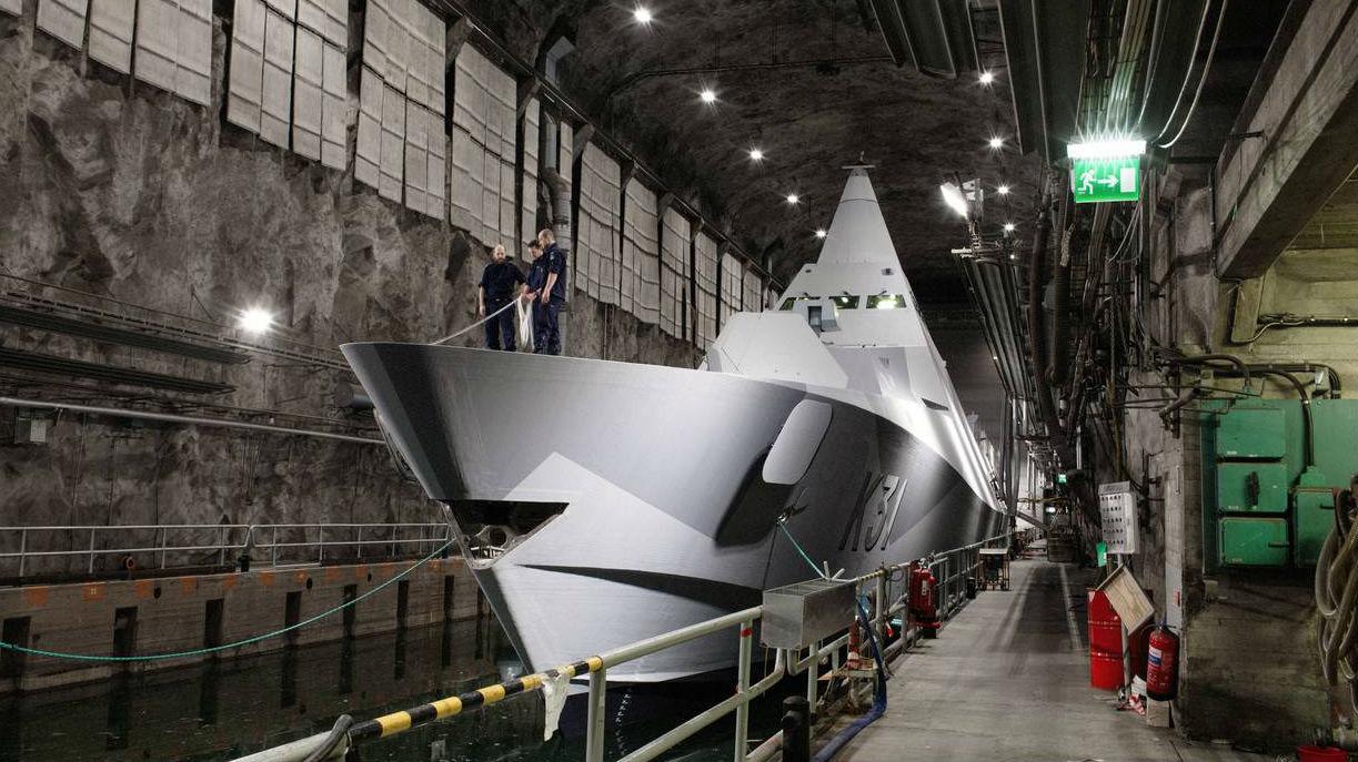 军情锐评:可防核打击!苏联曾建世界最大地下潜艇基地