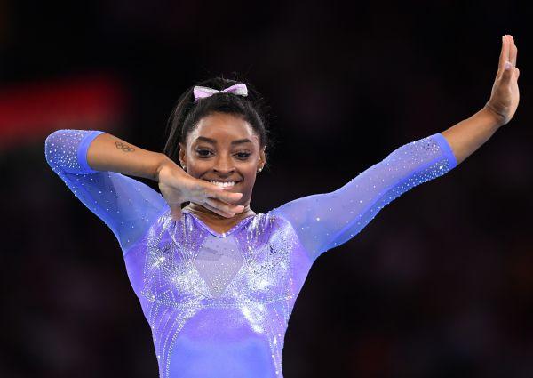 19金3银3铜美国体操名将拜尔斯刷新世锦赛奖牌纪录