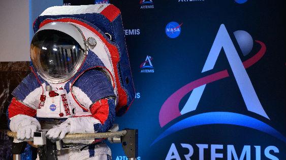 法媒:NASA推出新一代登月宇航服 让宇航员行动更流畅