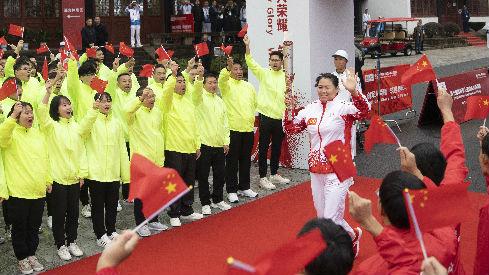港媒报道:解放军借武汉军运会展开魅力攻势