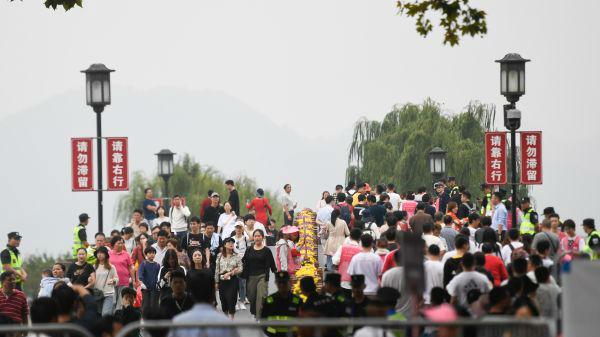 中国前三季度经济增长6.2% 经济运行总体平稳