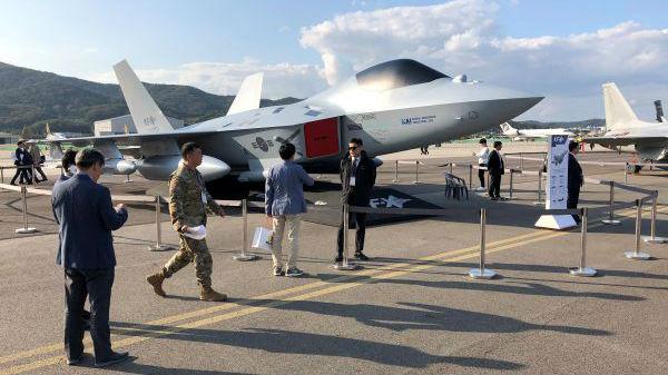 """韩国KF-X战机获""""显著进展""""?美国挖""""坑""""尚未填平"""