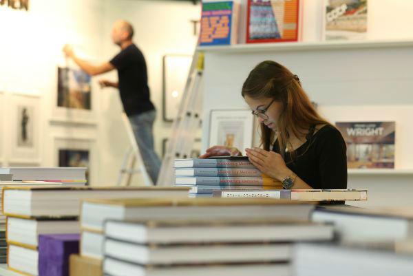 法兰克福书展新趋势:非虚构和反乌托邦类图书成主流