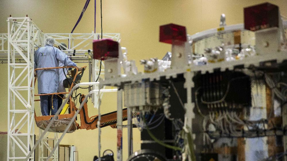 西媒:中巴联合研发的新卫星年底上天