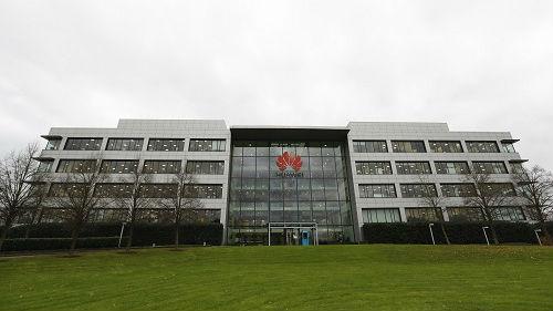 英国或将允许华为参与5G业务 英媒:我们没得选