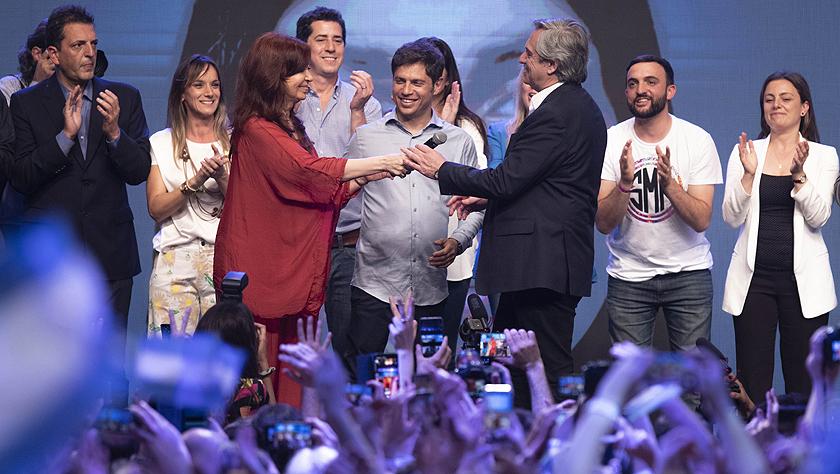 阿尔韦托·费尔南德斯当选阿根廷总统