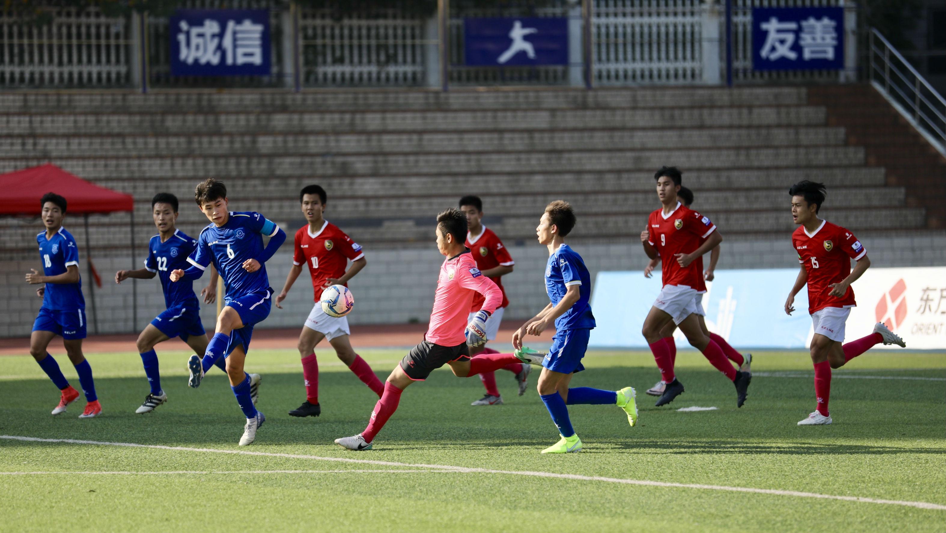 """踢出快乐的校园足球,没有""""奇迹华附蓝""""也有""""快乐足球经"""""""