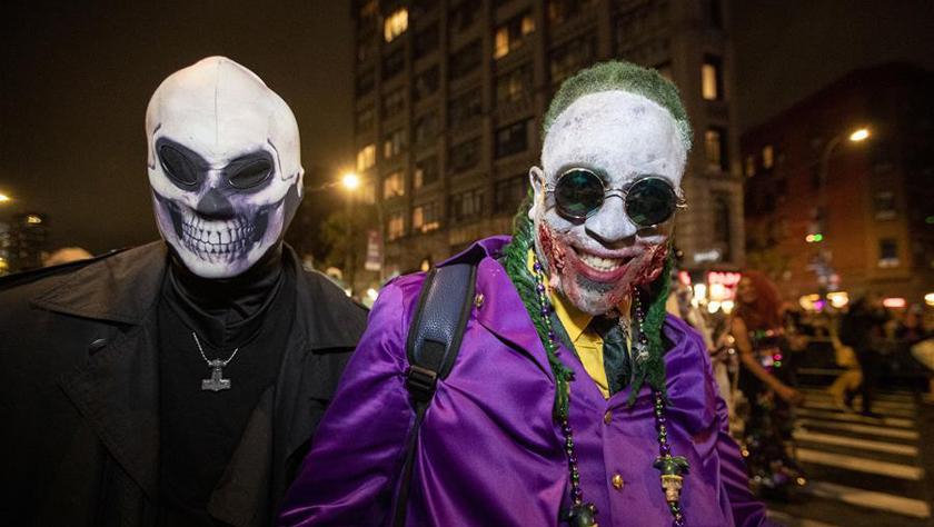 纽约举行万圣节大游行