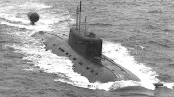 """俄10艘潜艇高调""""突破""""北约反潜防线 俄媒:意在展示实力"""