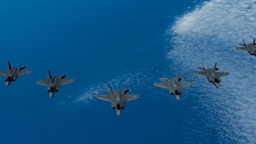 """""""几十架""""F-35同框:5国""""5代机""""齐聚以色列联演"""