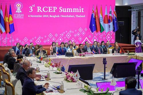 西媒:面對貿易保護主義 中國拿出方案