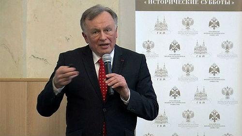 俄媒:俄知名学者供认杀害女学生罪行并被收监