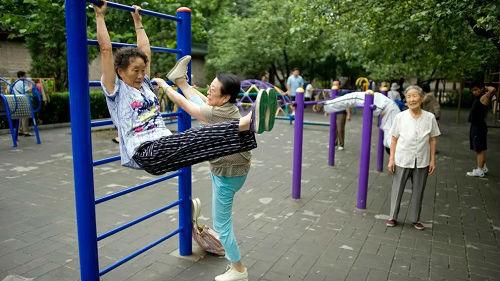 俄媒感叹:中国老年人退休生活令人羡慕
