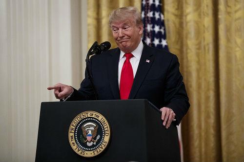 英媒:历史表明美国人倾向于选个子更高的人当总统