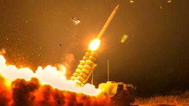 夜射天狼!南部战区防空导弹夜间打靶