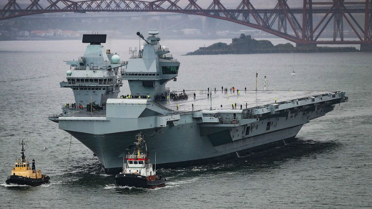 """英国三军就裁军""""踢皮球"""" 或考虑将新航母租给美军"""