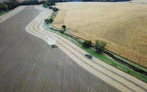 外媒:美国农场申请破产数量创8年新高