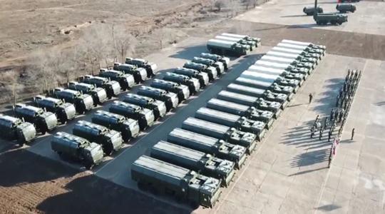 战车列阵!俄西部军区列装新型战术导弹
