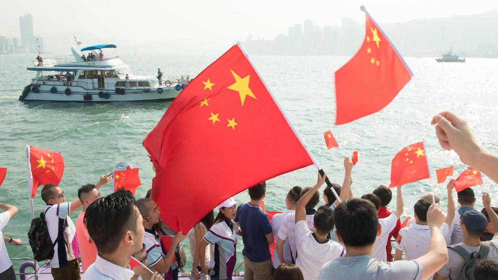 境外媒体综述:中国强烈抗议美涉港法案成法