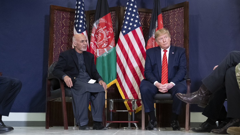 美國總統突訪阿富汗