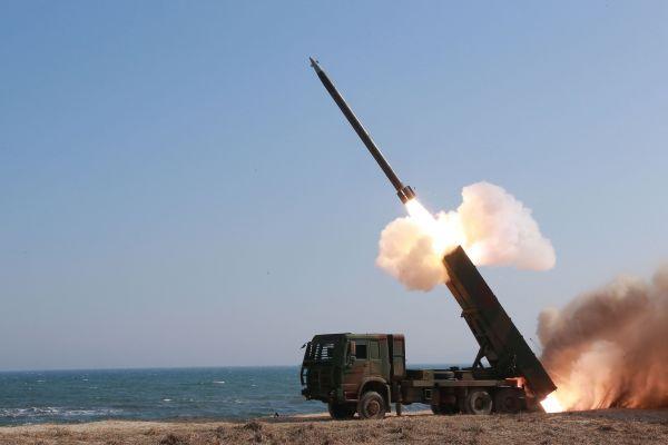 朝媒批日本首相安倍晋三分不清火箭炮和弹道导弹