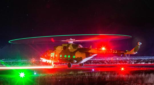 昼夜不间断!陆航运输直升机高原演练