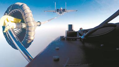 伙伴加油!座舱视角体验海航歼-15训练