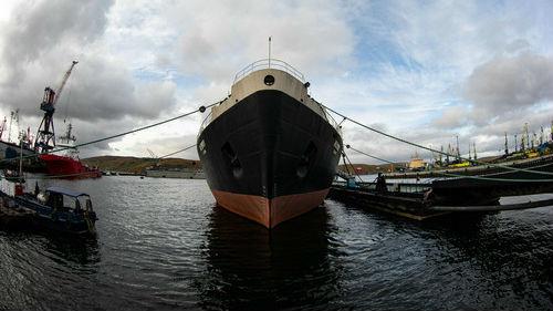 西媒:俄制定庞大地缘战略应对北极冰层迅速缩减