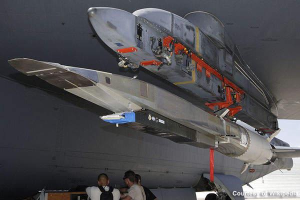 努力追赶俄罗斯 美拟加速研发高超音速武器