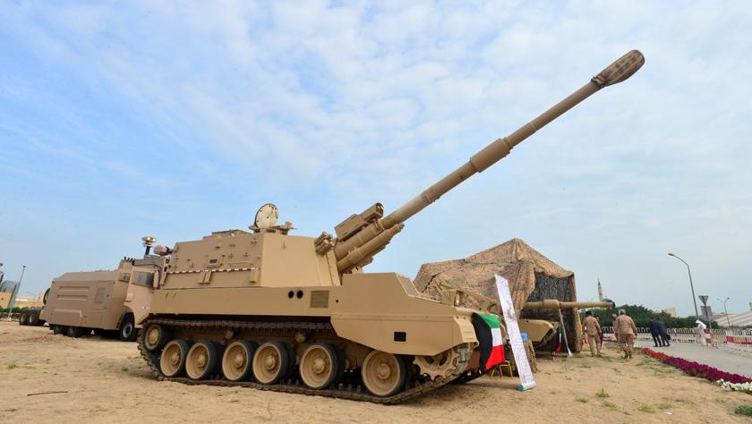 第五届海湾防务和航空展在科威特举行