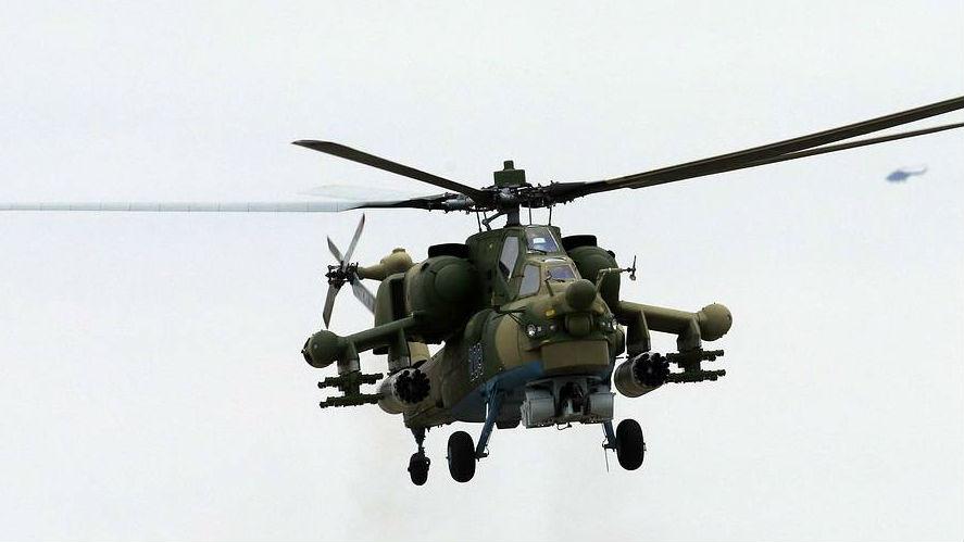 俄军一架米-28N武装直升机坠毁 俄媒:紧急迫降时撞到地面