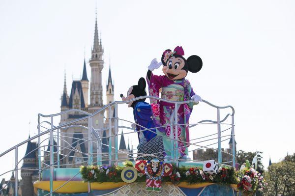 日本迪士尼门票为何比其他国家便宜?