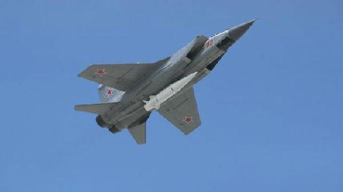 """俄媒:俄海军米格-31将装备""""匕首""""导弹"""