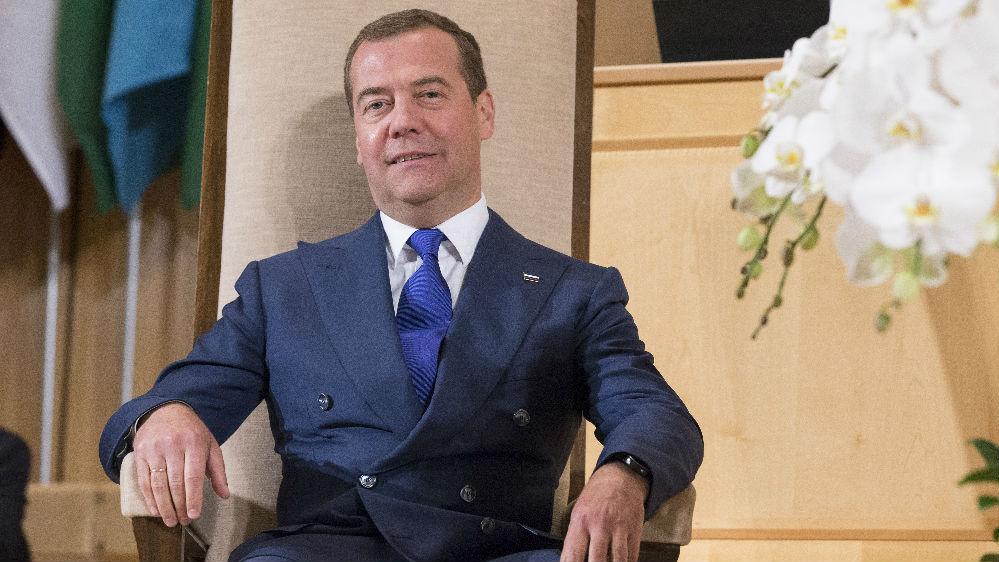 """俄总理称美国制裁不是""""灾难性的"""" 俄欧天然气管道即将竣工"""
