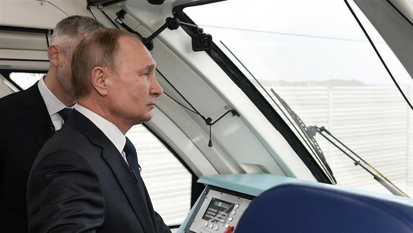 普京出席克里米亞大橋鐵路橋開通儀式