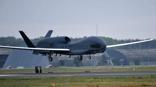 """美国屏息以待朝鲜""""圣诞礼物"""" 四架侦察机同出动"""