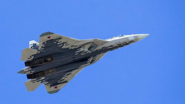 俄媒分析苏-57战机坠毁原因 称量产计划不会受影响