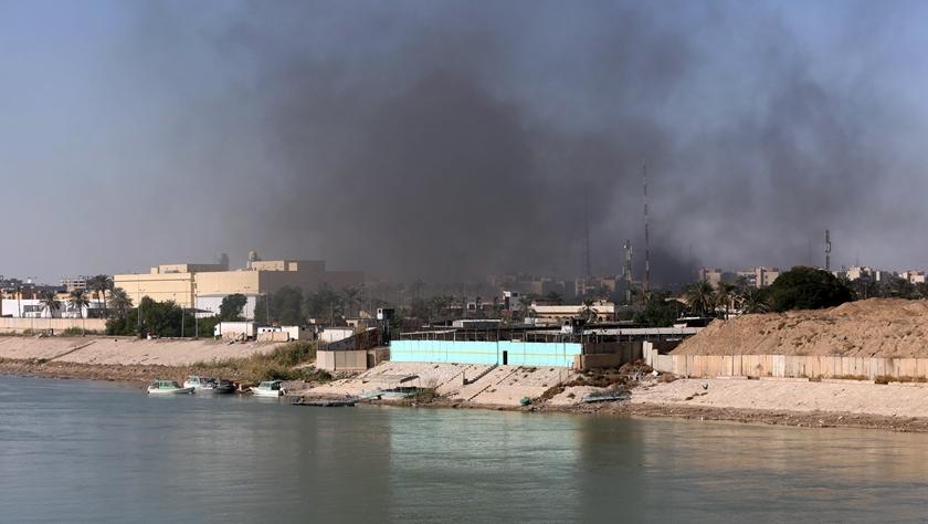 伊拉克数百名示威者集会抗议美国空袭