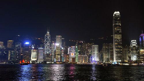 """媒体评述:香港应走出迷失""""重新出发"""""""